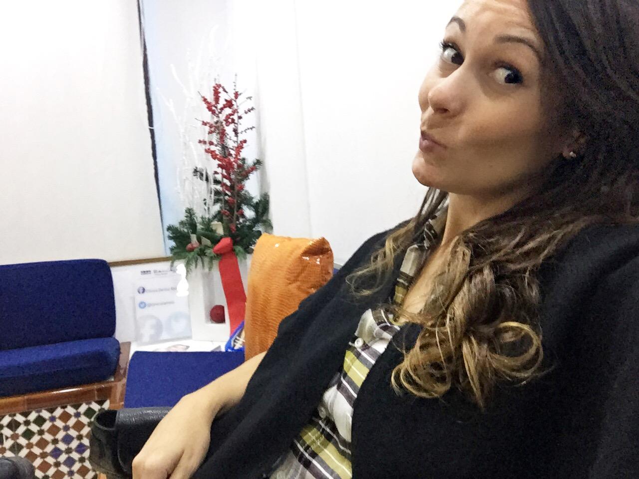 """Yo y mi """"NO sonrisa"""" en la sala de espera de Ramírez estas navidades"""