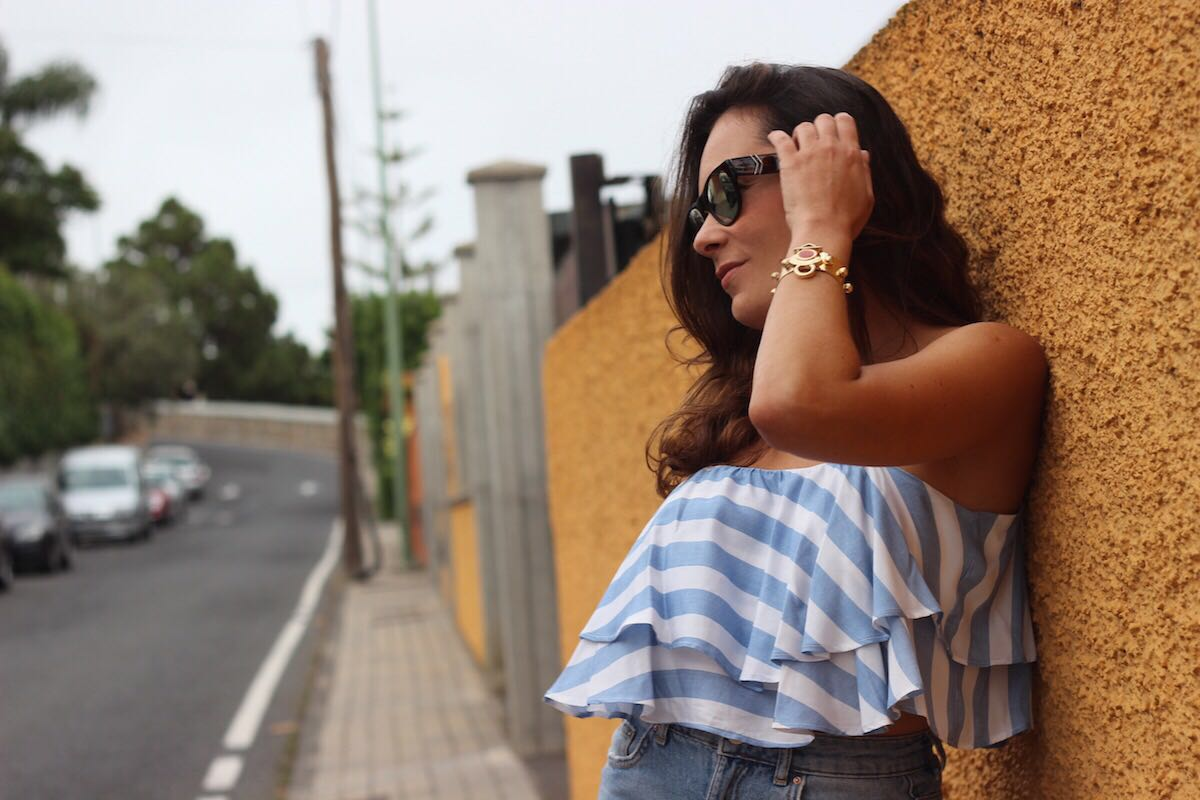 cropped top rayas bershka